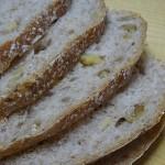 パルシステム こだわり酵母くるみとライ麦のパン